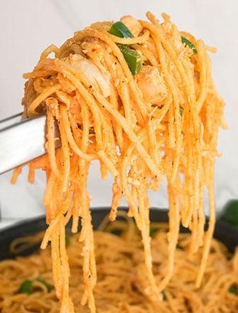 Buffalo Chicken Pasta Recipe (One Pot Meal)