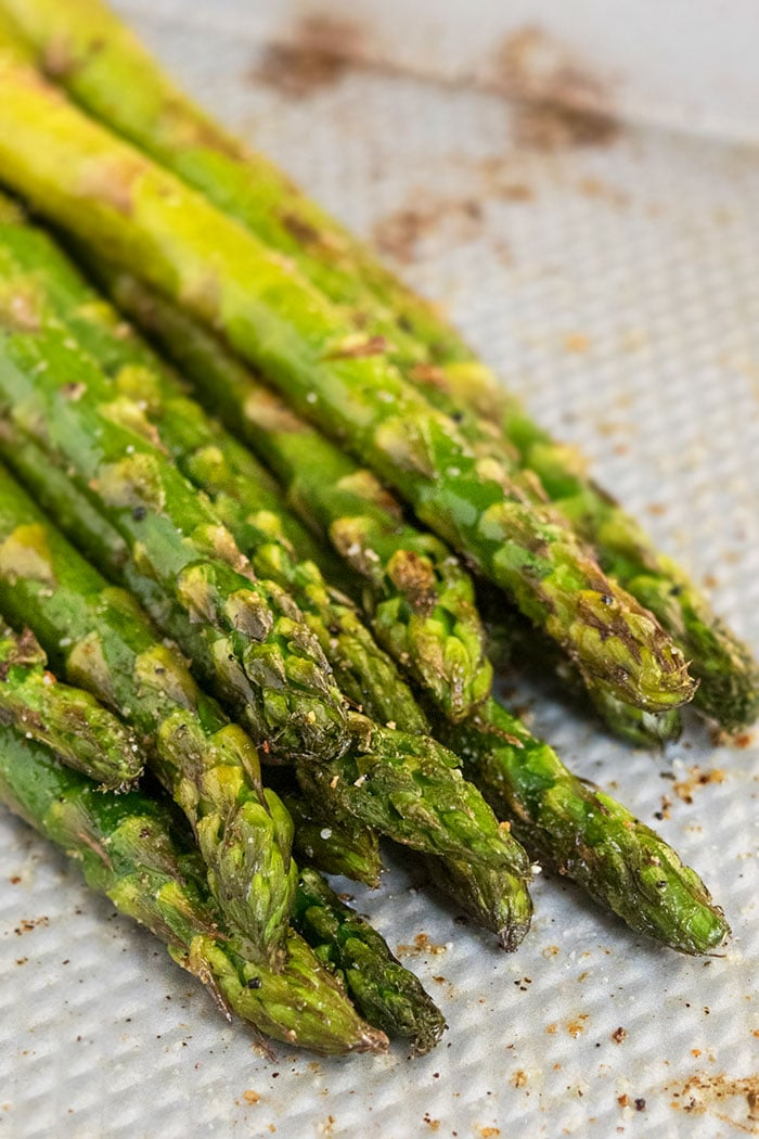 Oven Roasted Asparagus Ready In 15 Minutes One Pot Recipes