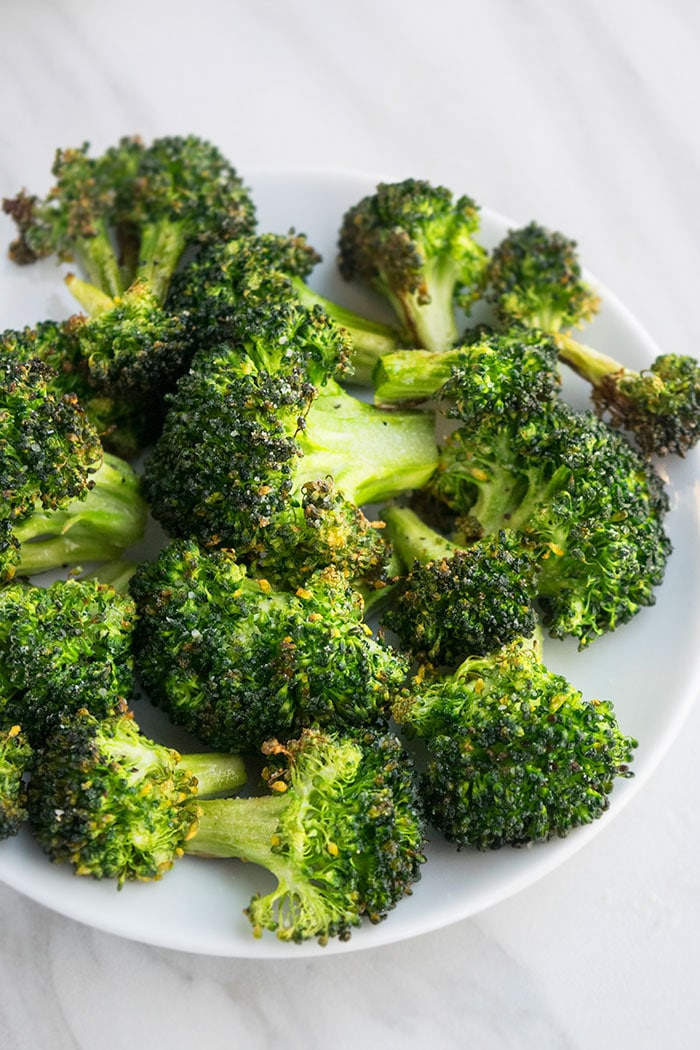 Garlic Parmesan Roasted Broccoli Recipe