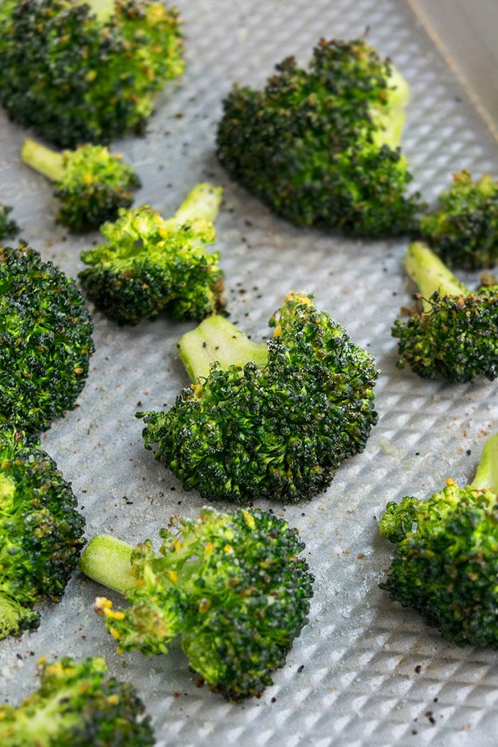 How to Roast Broccoli (30 Minute Side Dish)