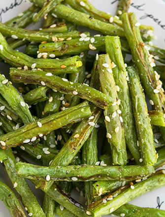 Easy Oven Roasted Green Beans Recipe (One Pan)
