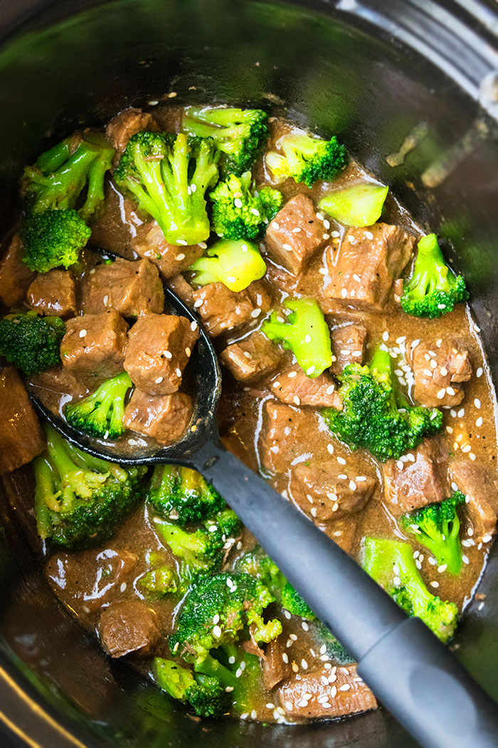 Easy Slow Cooker Beef and Broccoli Recipe