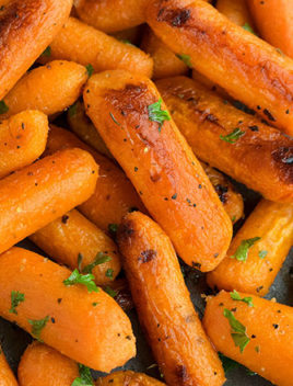 Easy Oven Roasted Carrots Recipe (One Pot Side Dish)