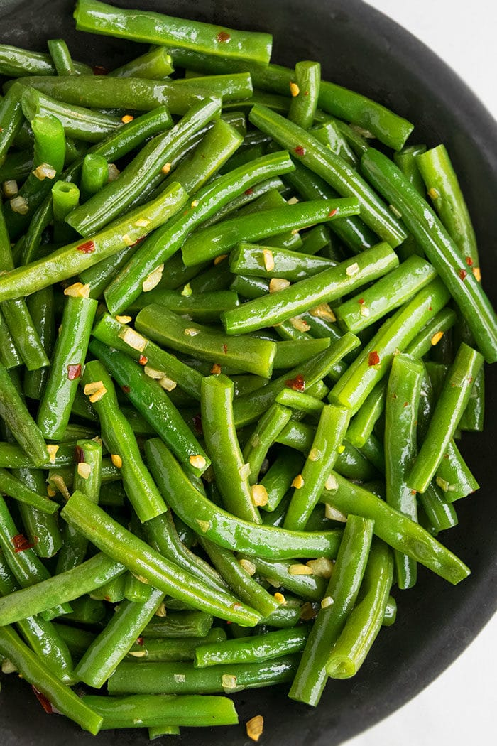 One Pot Sauteed Green Beans (20 Minute Side Dish)