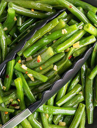 Easy Sauteed Green Beans Recipe With Garlic (20 Minutes)