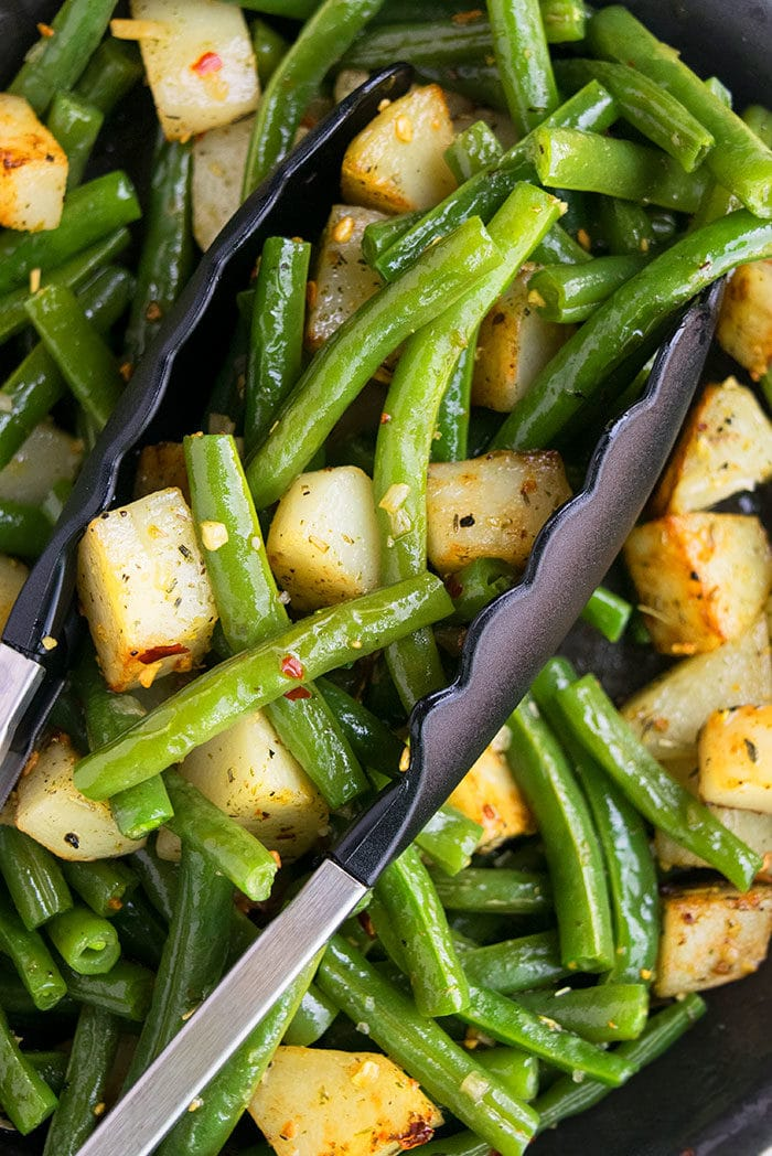 Easy Green Beans and Potatoes Recipe