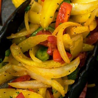 Easy Vegetable Fajitas Recipe (One Pan)