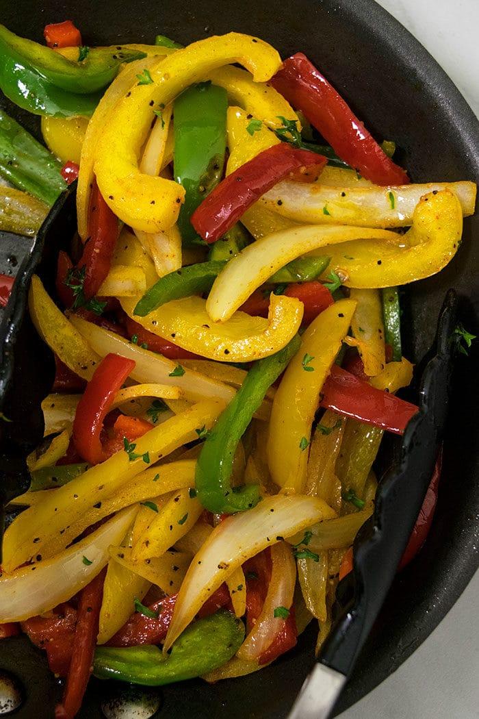 Easy Veggie Fajitas Recipe (Vegetarian Fajitas)