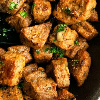 Garlic Butter Steak Bites Recipe (Garlic Steak Bites)