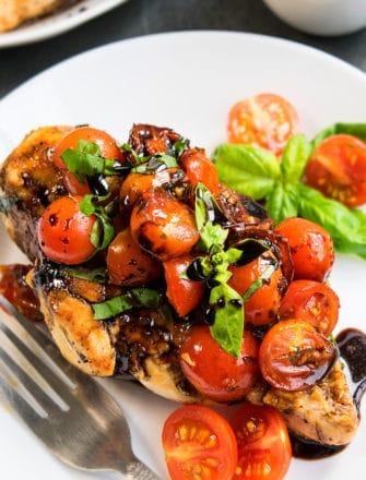 Easy Bruschetta Chicken Recipe (One Pan)