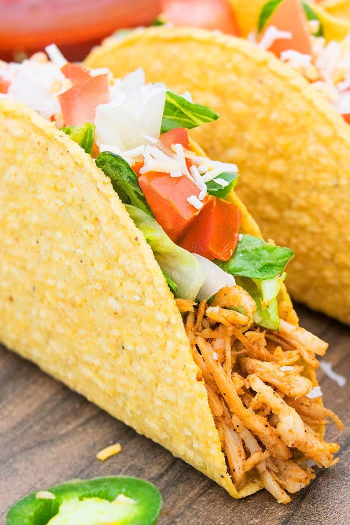 Easy Shredded Chicken Tacos Recipe