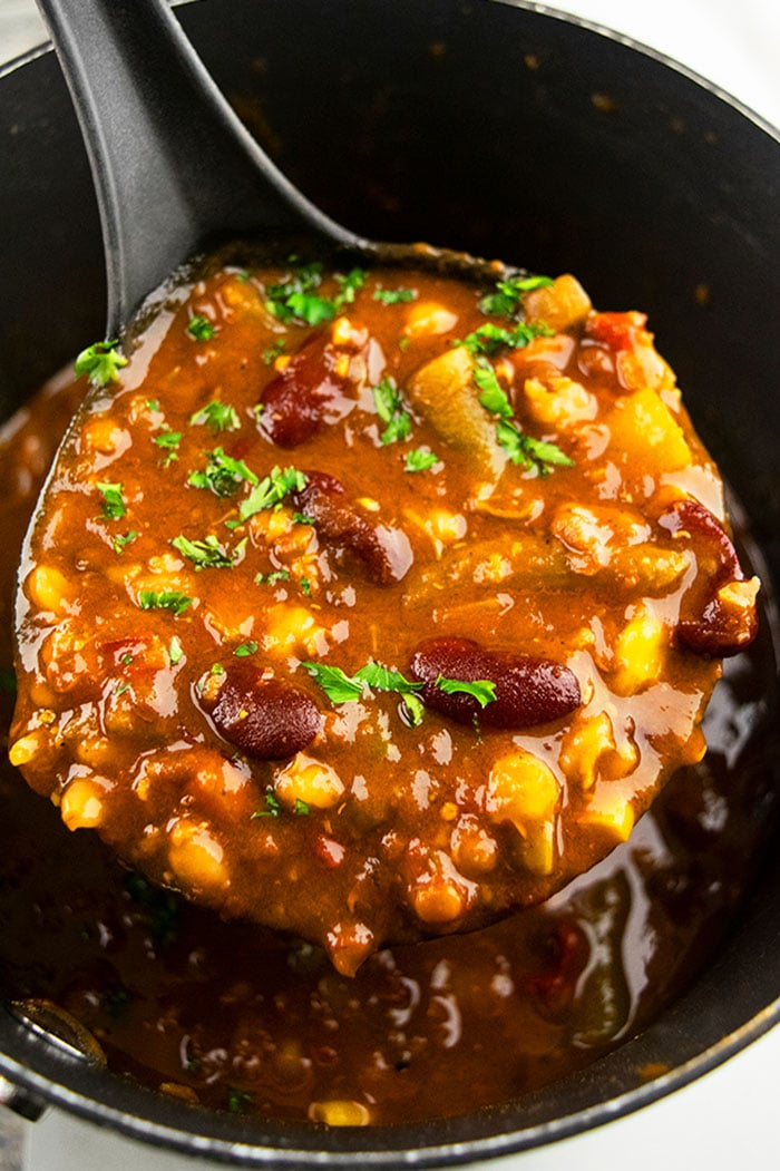 Easy Vegetarian Chili Recipe- Spoonful