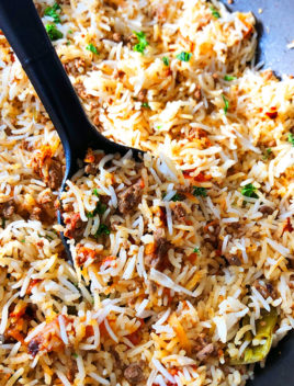 Easy Cajun Dirty Rice in Black Nonstick Pot